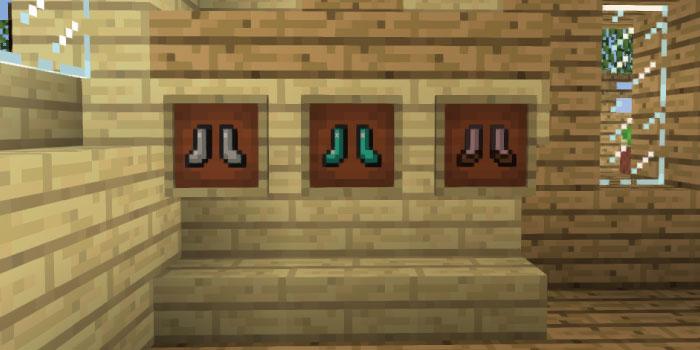 額縁に靴を飾る