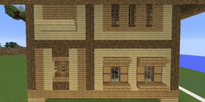 1階と2階の壁の飾り付け(右側側面)