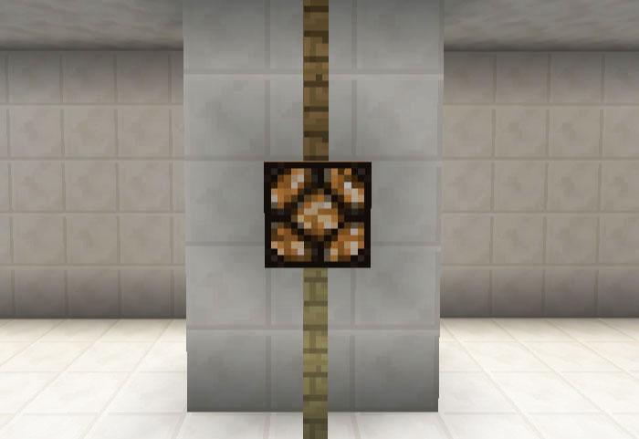 柱を飾る照明